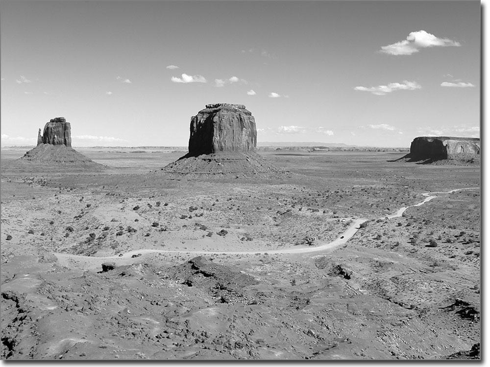 Monument valley als digitaldruck selbstklebende folie for Bedruckte klebefolie