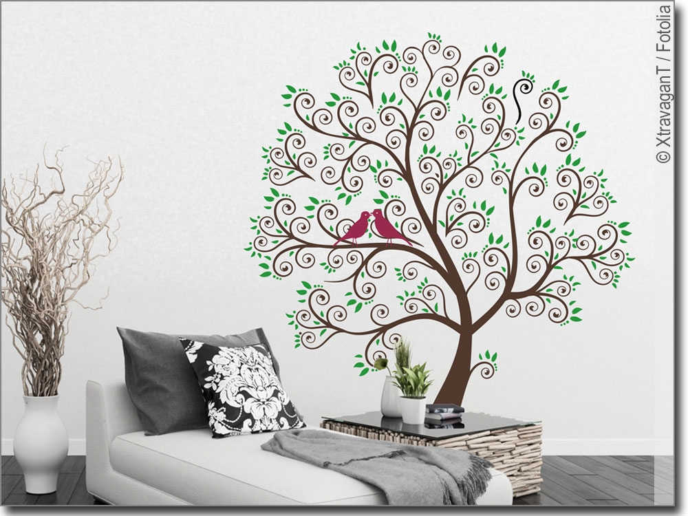 wandsticker bunter baum wandtattoo baum mit v geln. Black Bedroom Furniture Sets. Home Design Ideas